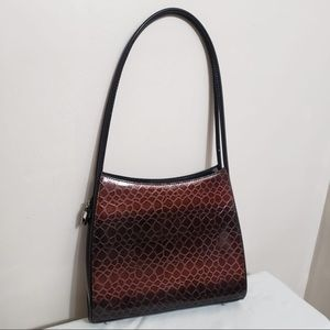 🌸 Sleek Maroon Animal Embossed Shoulder Bag